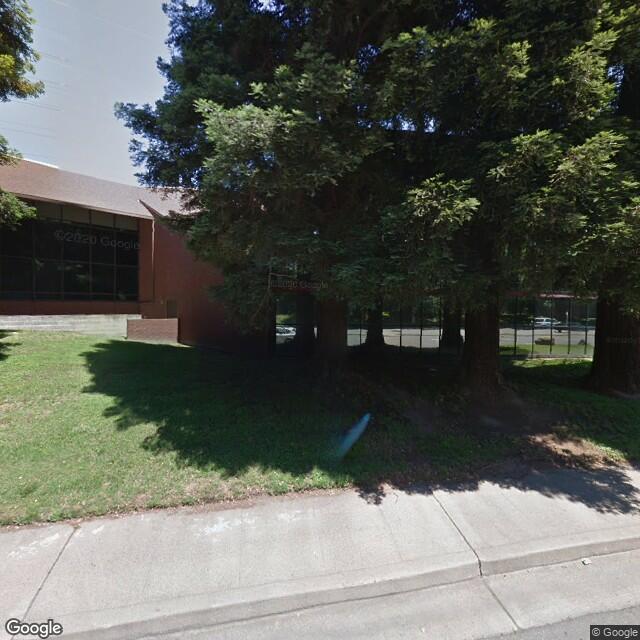 2335 American River Dr, Sacramento, CA 95825