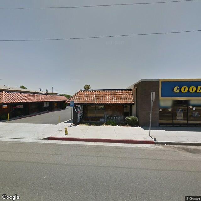 2530 W Whittier Blvd, La Habra, CA 90631