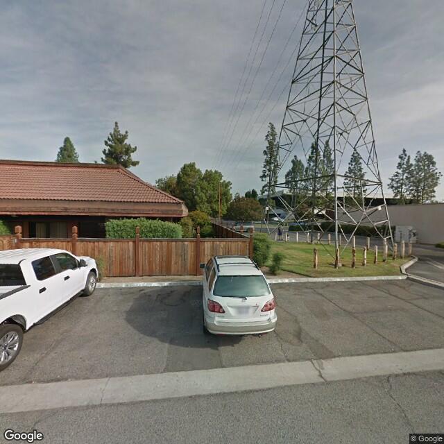 6700 N 1st St, Fresno, CA 93710