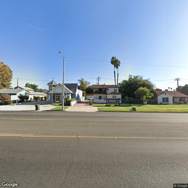 717 E Florida Ave, Hemet, CA 92543