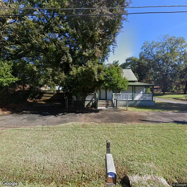 136 NW Marble Mill Rd,Marietta,GA,30060,US