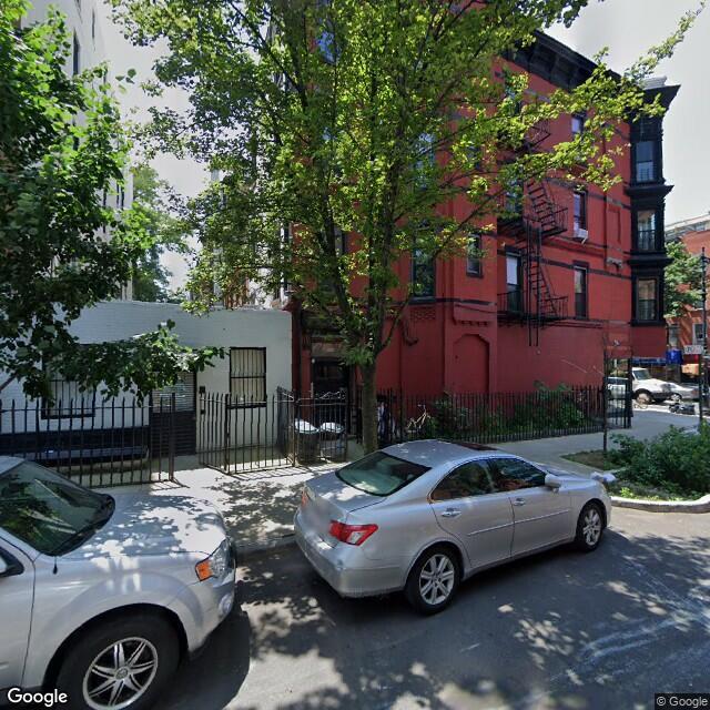 668 President St,Brooklyn,NY,11215,US