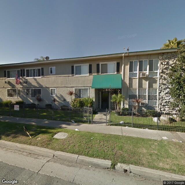 11209 S. Prairie Avenue