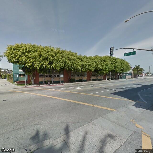 500 Alamitos Ave.
