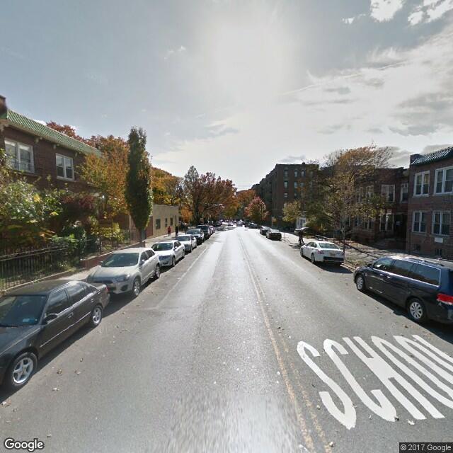 3328 Bainbridge Ave