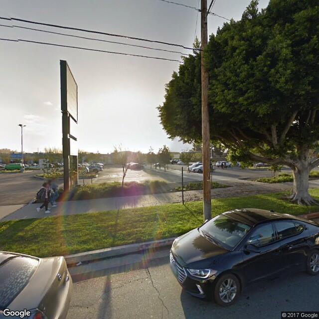 3221 N San Fernando Rd