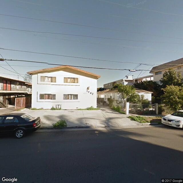 1262 N Edgemont St