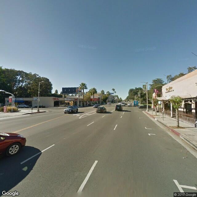 16917 Ventura Blvd