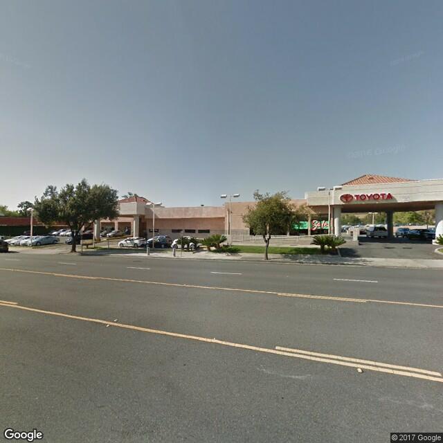 2410-2418 E Thousand Oaks Blvd
