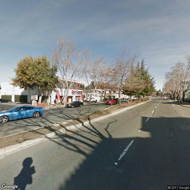 1122 Davis Street