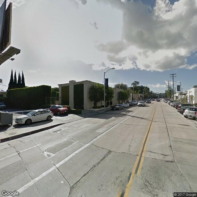 8711 Melrose Ave