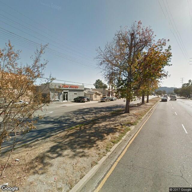 5251 Vineland Ave.