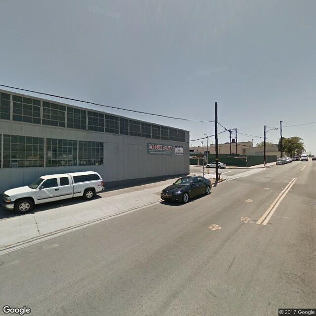 2202 E 28th St Signal Hill,California