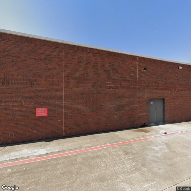 2015 Midway Rd, Carrollton, TX 75006